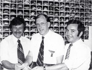 George Kossoff, Tom Reeve, Jack Jellins (1977)