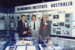 Dave Robinson, Ian Shepherd, Bill Garrett with UI display at WFUMB'88