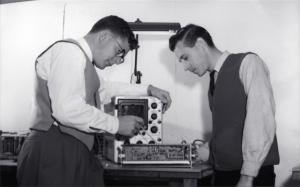 Dave Robinson, George Radovanovich working on a neuroscope (1966)