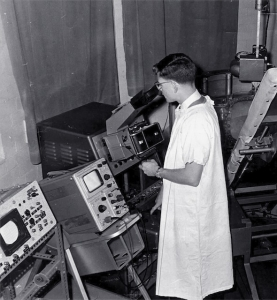 Dave Robinson doing system line-up on Mk I scanner (1962)