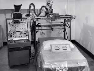 Mk I breast scanner with new coupling technique, Royal North Shore Hospital (1968)