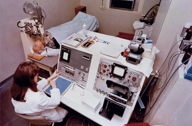 Eye scanner being used to scan thyroid, Royal Price Alfred Hospital (1972)