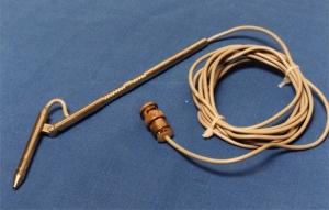 Semi-circular canal probe with angled head