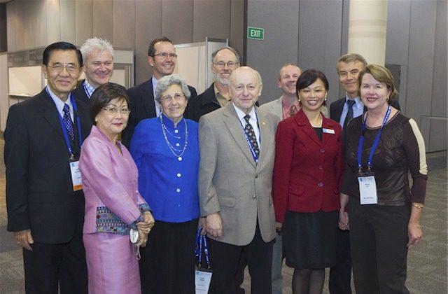 Group photograph, ASUM Annual Scientific Meeting (Melbourne, 2006)